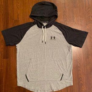 Men's Under Armour Hooded short sleeve t shirt